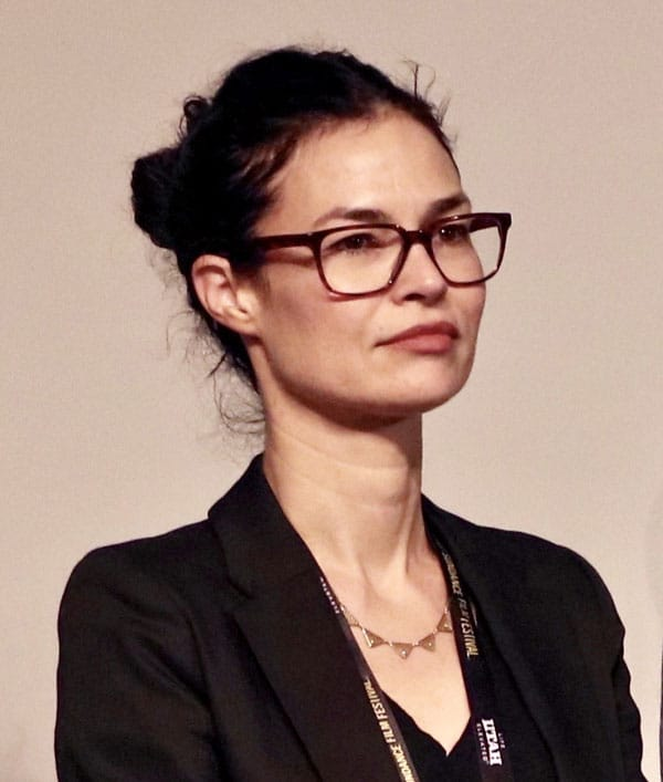 Danielle Renfrew Behrens
